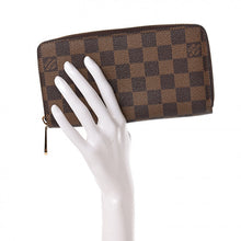 Load image into Gallery viewer, AUTHENTIC Louis Vuitton Zippy Wallet Damier Ebene PREOWNED (WBA215)