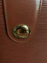 Load image into Gallery viewer, AUTHENTIC Louis Vuitton Cluny PREOWNED