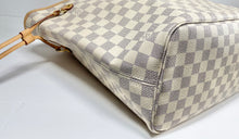 Load image into Gallery viewer, AUTHENTIC Louis Vuitton Neverfull Damier Azur MM PREOWNED (WBA336)