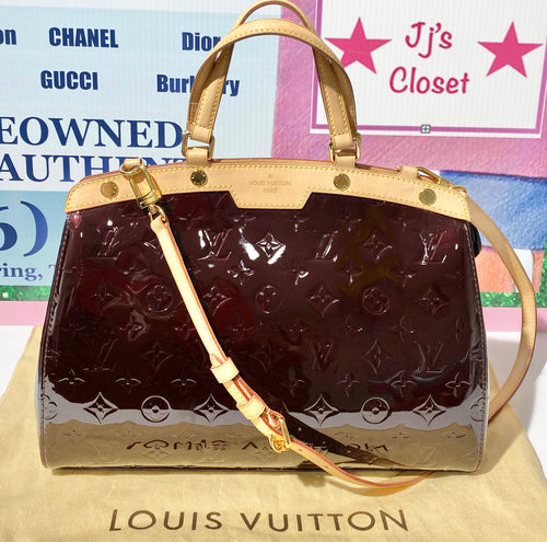 AUTHENTIC Louis Vuitton Brea Vernis Amarante MM PREOWNED (WBA264)