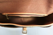 Load image into Gallery viewer, AUTHENTIC Louis Vuitton Sologne Monogram Crossbody PREOWNED (WBA109)