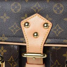 Load image into Gallery viewer, AUTHENTIC Louis Vuitton Hudson Monogram PM PREOWNED (WBA311)