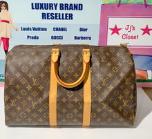 Load image into Gallery viewer, AUTHENTIC Louis Vuitton Keepall 45 PREOWNED (WBA262)