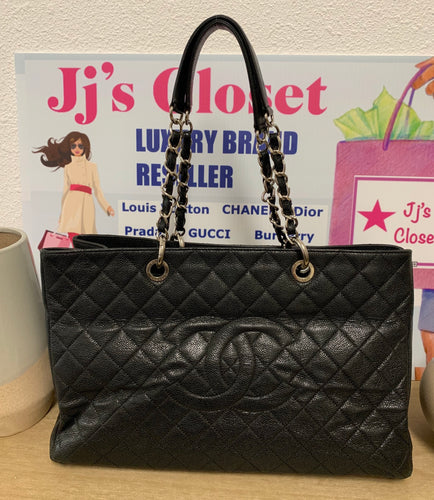 AUTHENTIC Chanel GST XL Black Caviar PREOWNED