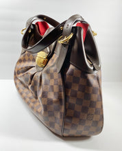 Load image into Gallery viewer, AUTHENTIC Louis Vuitton Sistina GM PREOWNED (WBA326)