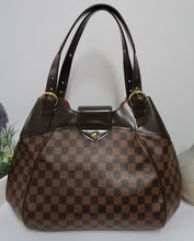 Load image into Gallery viewer, AUTHENTIC Louis Vuitton Sistina GM PREOWNED (WBA170)
