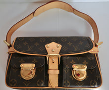 Load image into Gallery viewer, AUTHENTIC Louis Vuitton Hudson Monogram PM PREOWNED (WBA212)