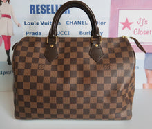 Load image into Gallery viewer, AUTHENTIC Louis Vuitton Speedy 30 Damier Ebene PREOWNED (WBA043)