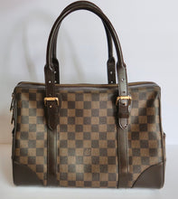 Load image into Gallery viewer, AUTHENTIC Louis Vuitton Berkeley Damier Ebene PREOWNED (WBLS008)