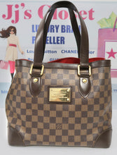 Load image into Gallery viewer, AUTHENTIC Louis Vuitton Hampstead Damier Ebene PM Preowned (WBA231)