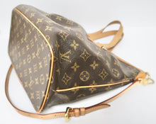 Load image into Gallery viewer, AUTHENTIC Louis Vuitton Palermo PM PREOWNED (WBA237)