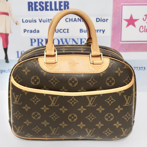 AUTHENTIC Louis Vuitton Trouville PREOWNED (WBA242)