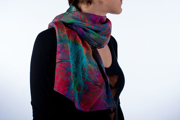 Hawthorne Heart Power Scarf (Cratageous Douglasaii)