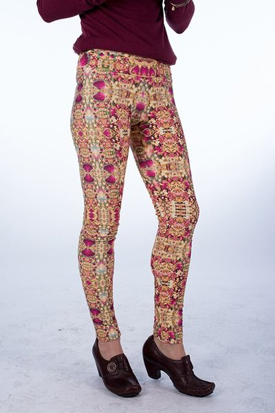 Rose Heart Opening Leggings
