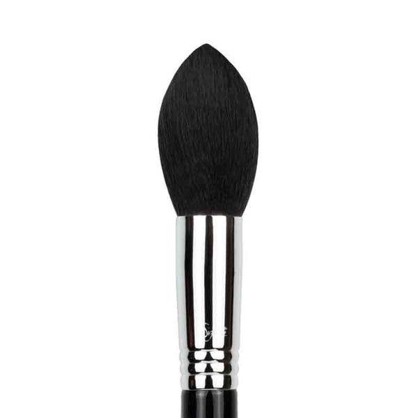 Sigma Beauty Tapered Face F25 brush