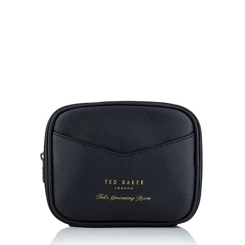 products/TGR17_Gift_Set_Shave_Trio_Wash_Bag_HR.jpg