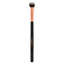 The Blank Canvas F11 Large Eyeshadow Brush