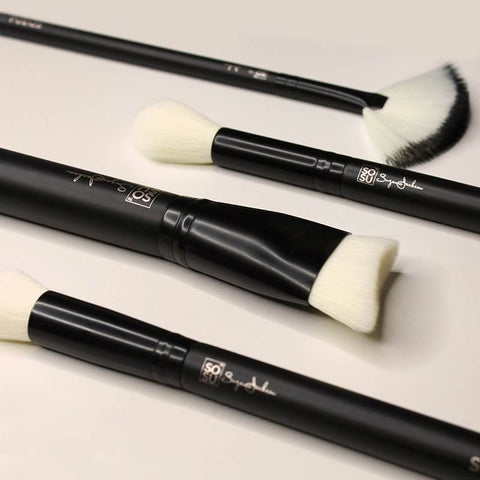 products/brushes-detail-collection.jpg