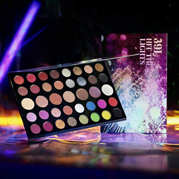 Morphe 39L Hit The Lights Artistry Palette | Morphe Christmas 2019