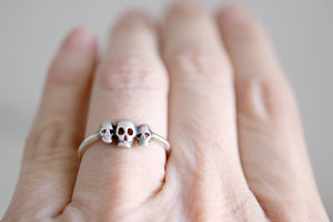 Skulls ring. Sterling silver ring with 3 skulls.