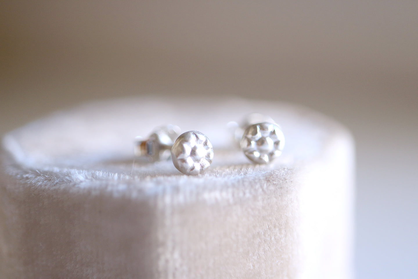 Daisy earrings. Sterling silver Daisy studs.