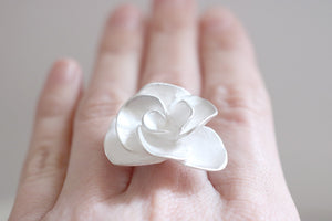 Rose ring. Sterling silver Rose ring.