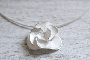 Rose pendant. Sterling silver Rose pendant.