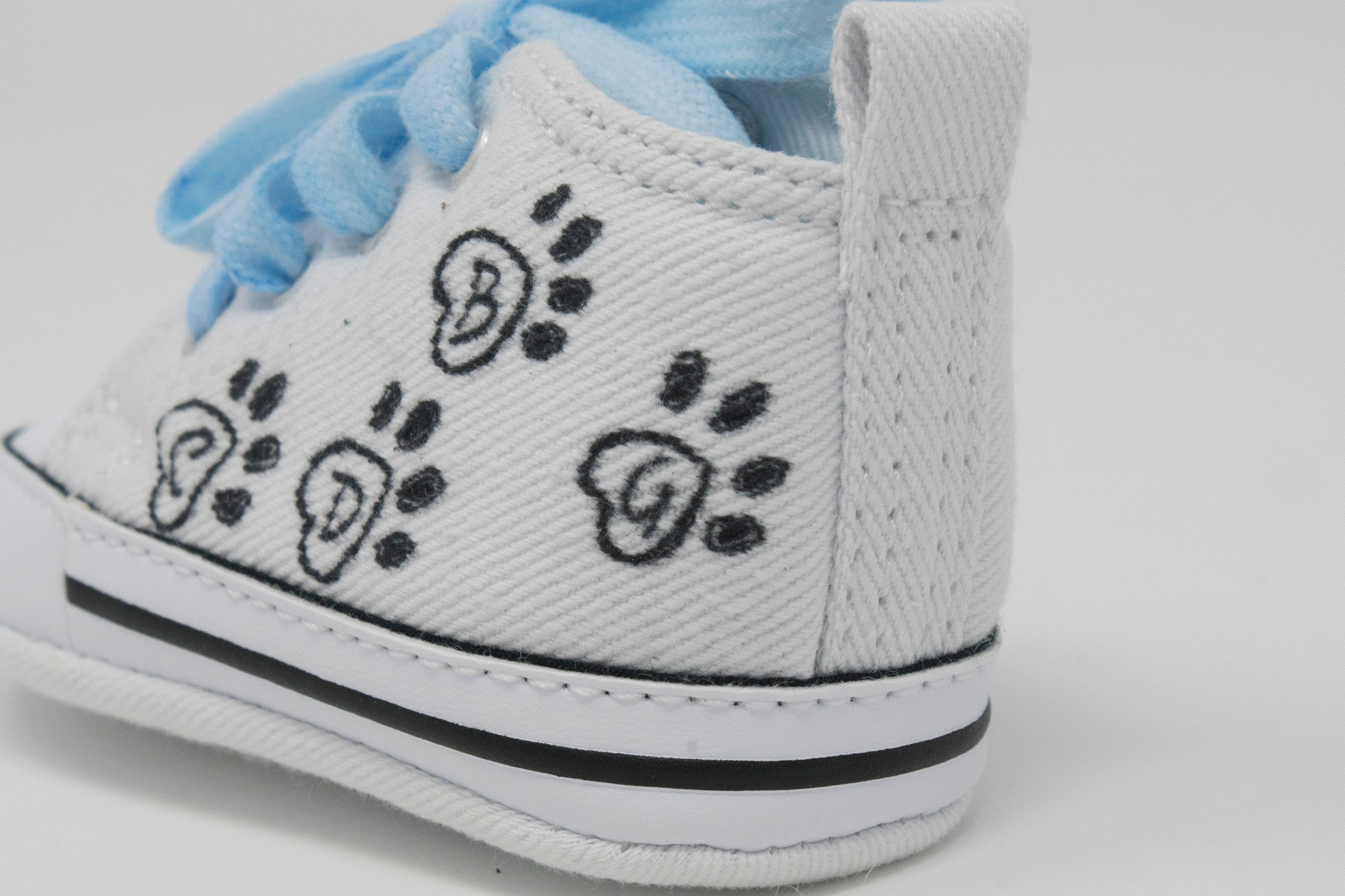 Baby Converse/Chuck Taylor/Steps