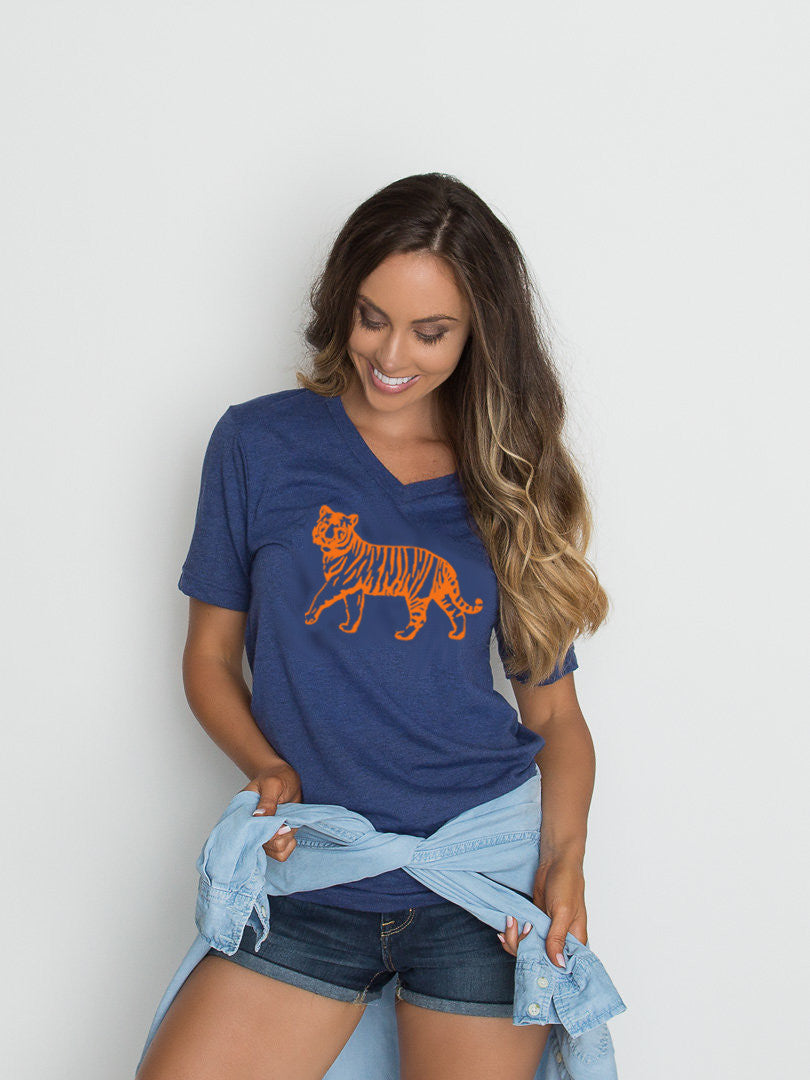 Tiger | V-Neck | Navy