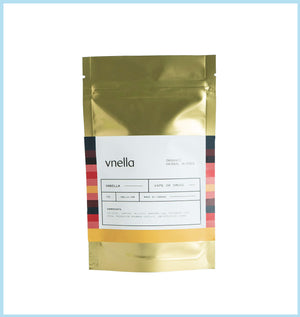 Image of the vanilla flavour of vnella organic smokable herbs on a cushion of the herbal blend.