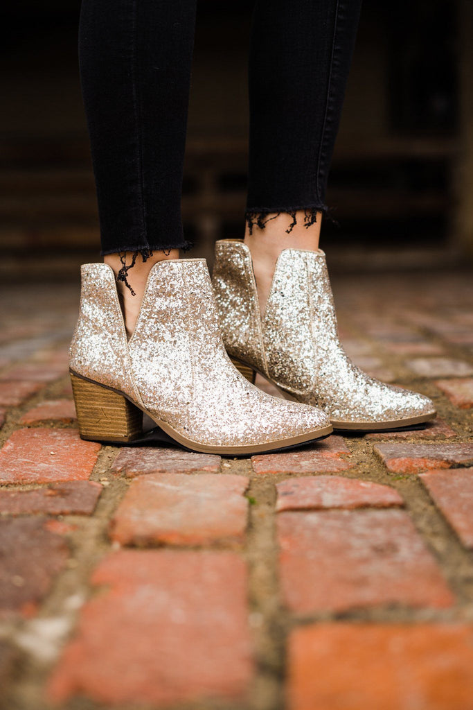 Not Rated Fiera Booties in Gold