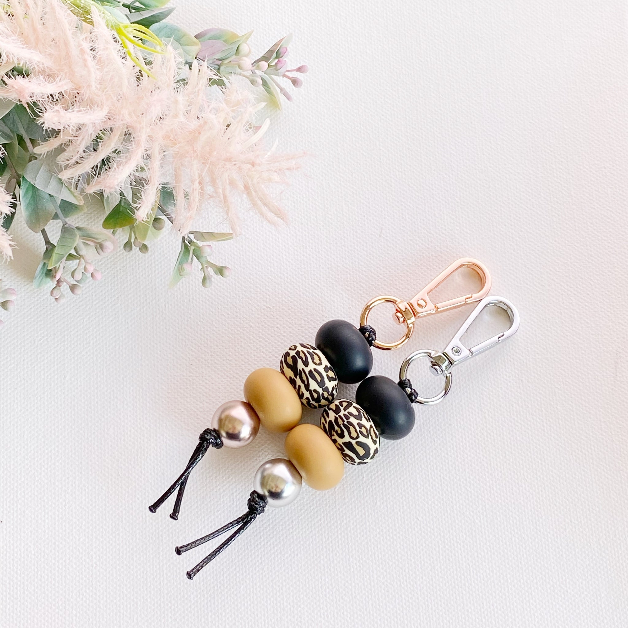 Leopard & Butterum keyring