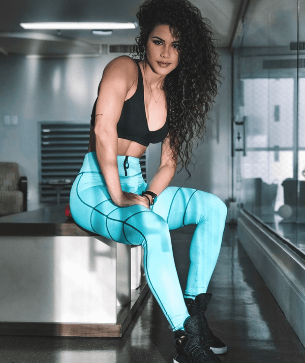 10 Different ways to wear workout leggings in 2020