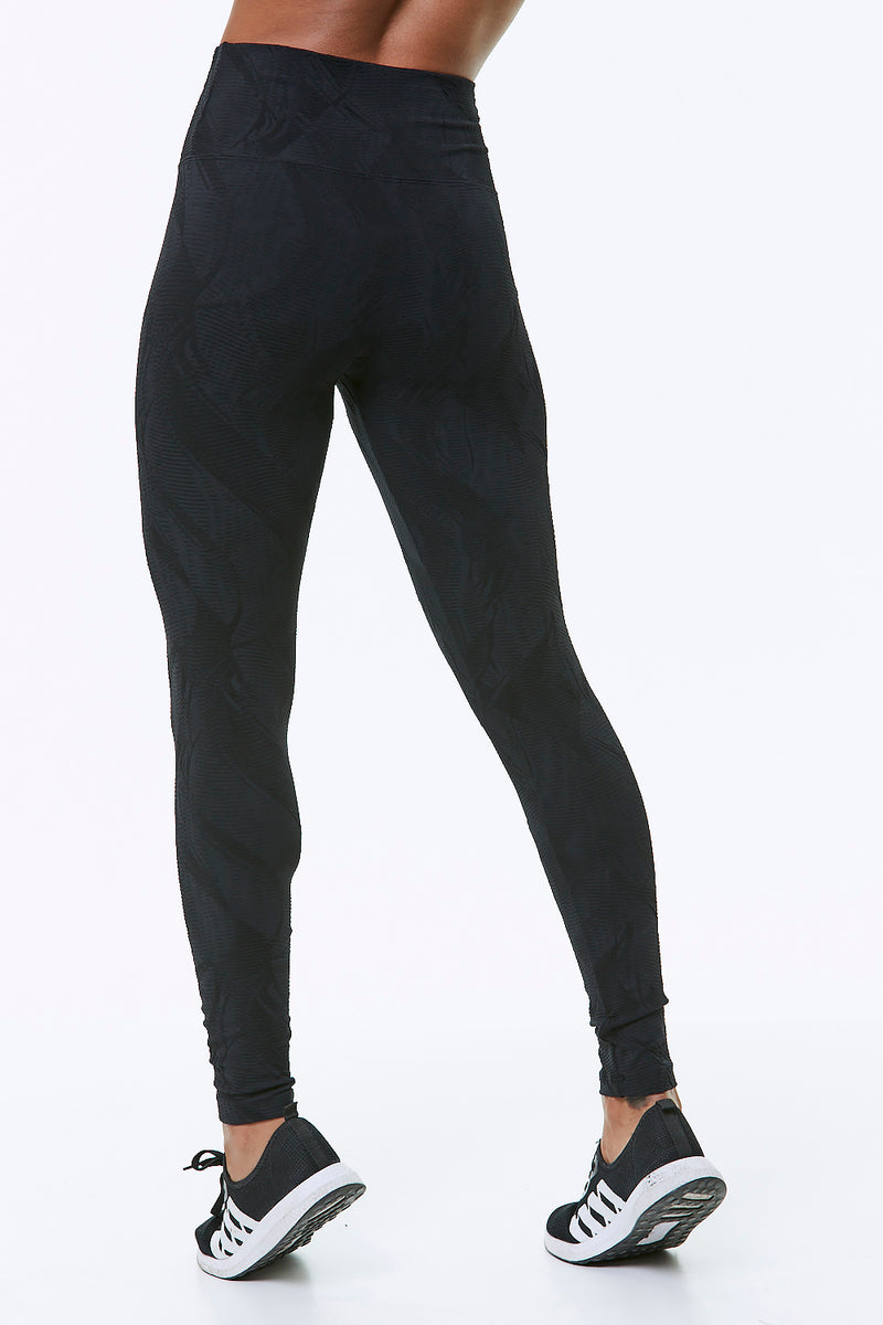 ILLUSION TEXTURED LEGGINGS