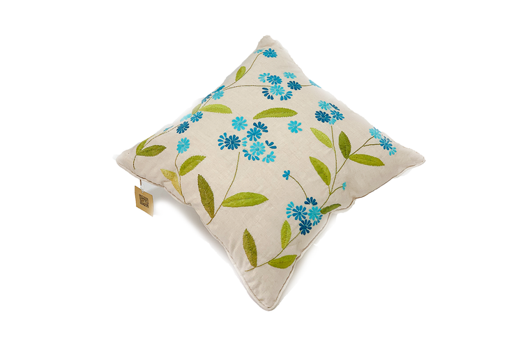 Square Linen Pillow Case 45X45 cm With Hand-Sewn Floral Patterns