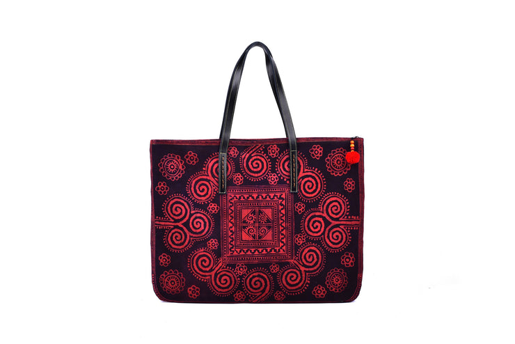 Flat Bag with Traditional Hand Drawn Batik Pattern