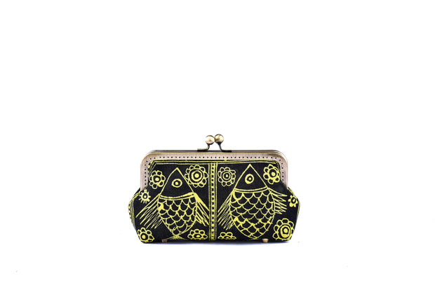 Brocade Purse with Hand-drawn Bee wax Brocade Pattern