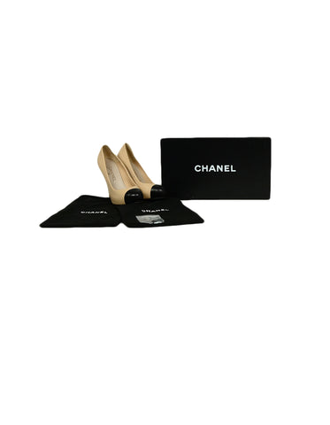 Chanel Beige/Black Leather Hidden Platform CC Heels sz 37