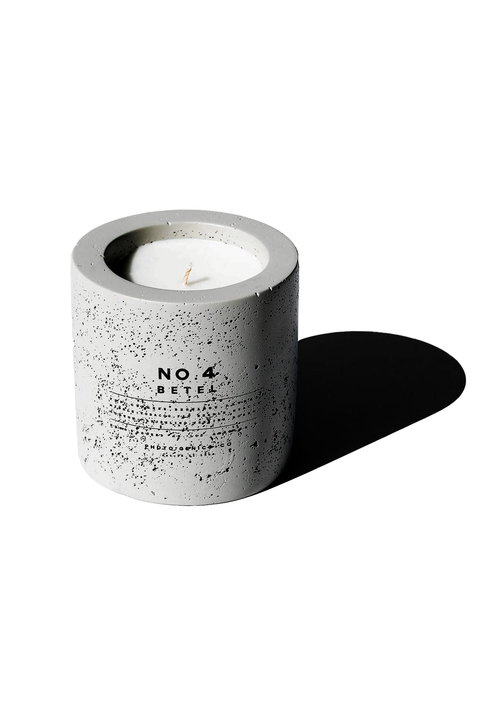 No.4 Betel Concrete Candle