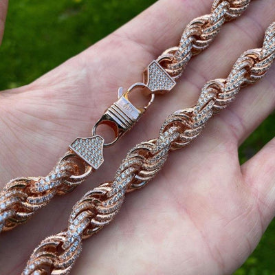 10mm ICED Rope Chain in Rose, clasp of the jewellery being shown, best out.