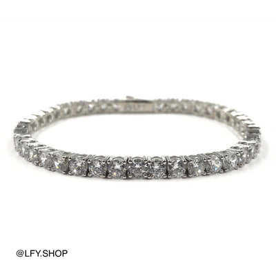4mm ICED Tennis Bracelet in White Gold, picture showing front and back of jewellery, best out.