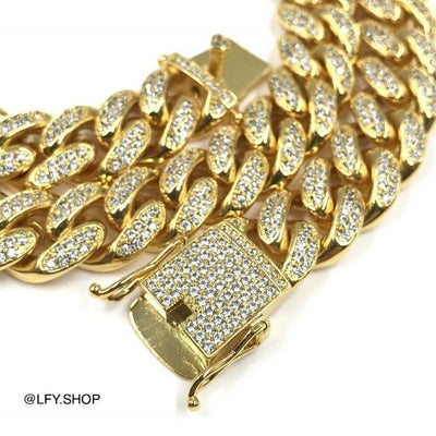 12mm ICED Cuban Chain in Gold, clasp of the jewellery being shown, best out.