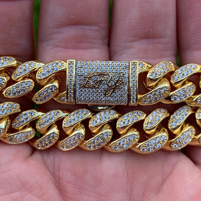 12mm LFY ICED Cuban Bracelet in Gold, front of the jewellery being shown, best out.