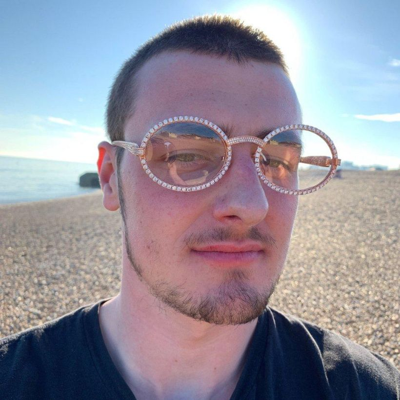 LFY ICED Baller Glasses in Rose Gold