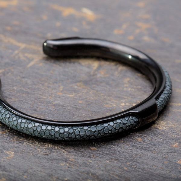 Apollo | Dark Gray Stingray Bracelet