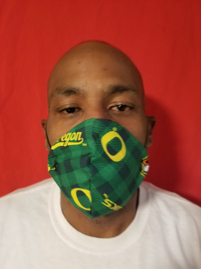 Reusable double insert team mask Oregon Ducks 100% cotton
