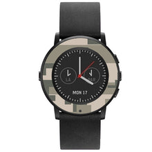 Load image into Gallery viewer, Pebble Time Round Digital Camo Wraps and Screen Protectors