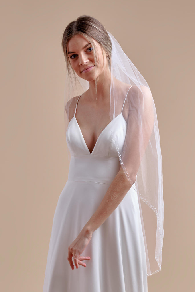 Hint of Sparkle Wedding Veil - single tier, fingertip