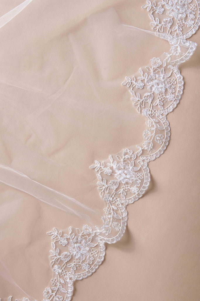 Simply Scalloped Wedding Veil - double tier, fingertip