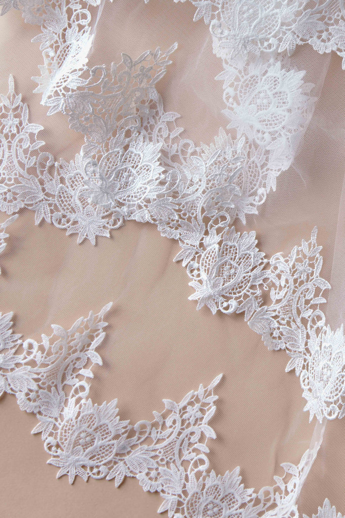 Vintage Vines Wedding Veil - single tier, fingertip